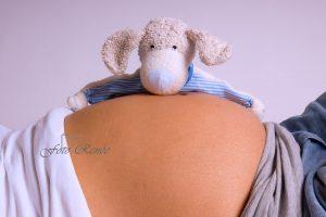 Zwanger bolle buik met beertje