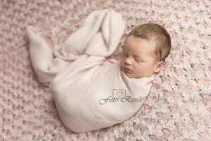 newborn-roze-achtergrond