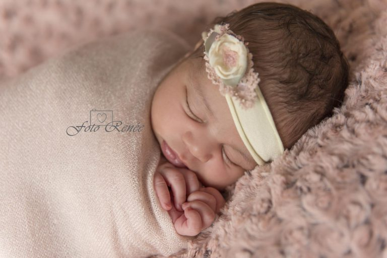 slapende newborn